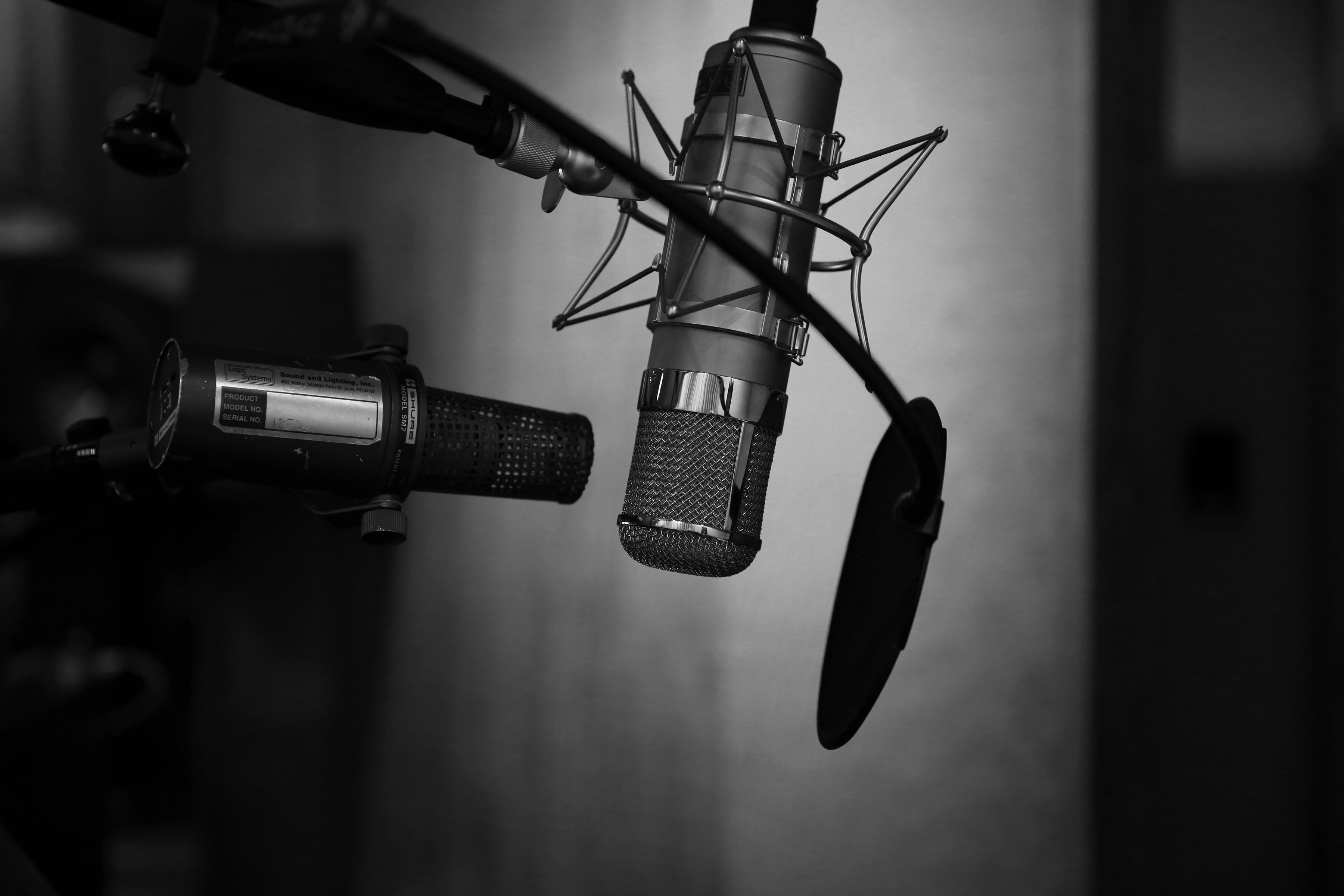 picture of a microphone - podcast