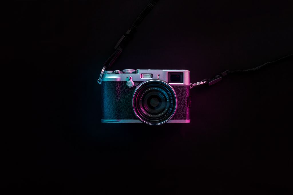 Picture of an artsy camera.